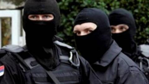 (u40u)policia e serbise 25765