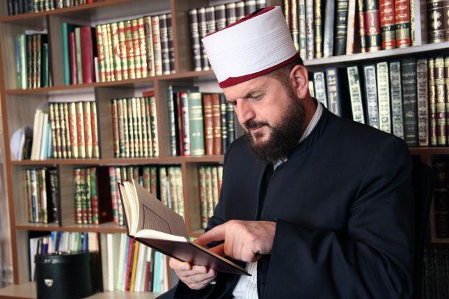 largea_shefqet-krasniqi-bs1383984941