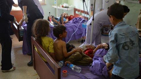 (u130u)barrel-bom-attacks-syrian-children-1