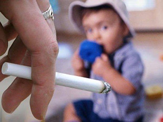 baby-is-afraid-of-smoke